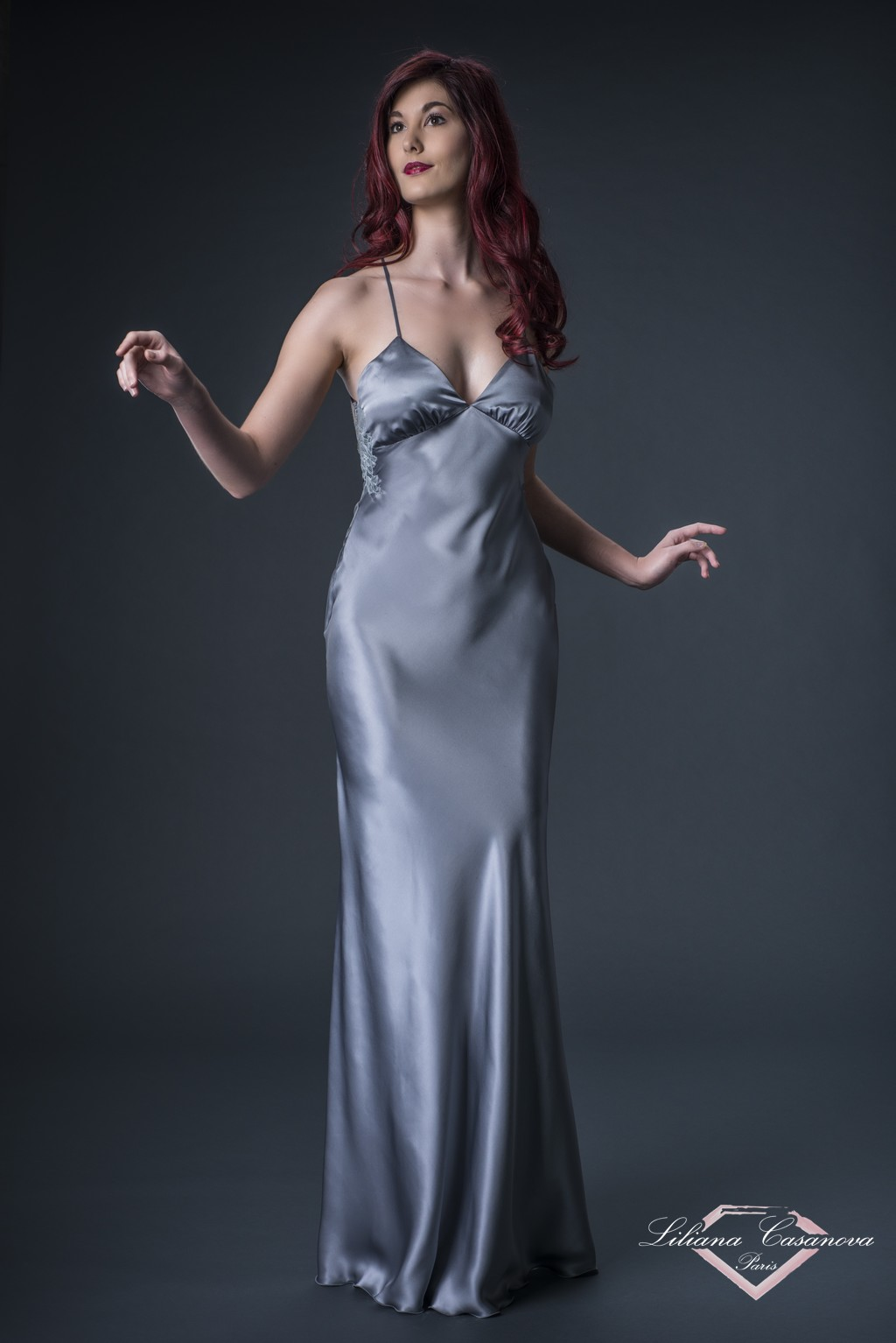 Long Silk Nightdress – Contemporaine